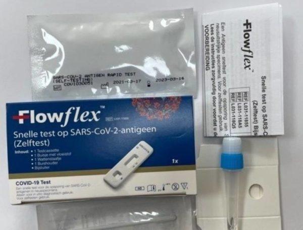 Acon FlowFlex SARS-CoV-2-Antigen-Corona-Schnelltest (Nase)